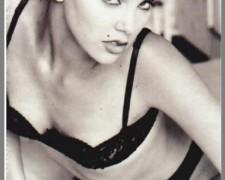 Charlize Theron (18)