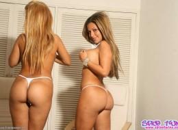 Cycate bliźniaczki Spice Twins (5)
