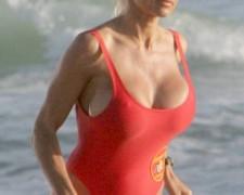 Pamela Anderson (7)
