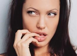Angelina Jolie (23)