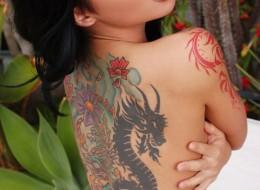 Fajna dupeczka z tatuażem (5)