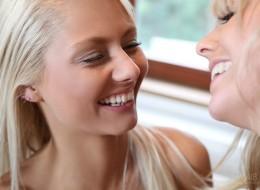 Blondynki lesbijki (9)