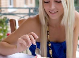 Piękna blondyna (12)