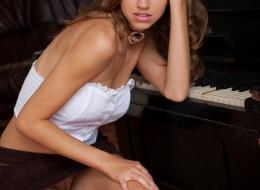 Przy pianinie (15)