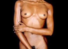 Kolejne seksowne zdjęcia Naomi Campbell (5)