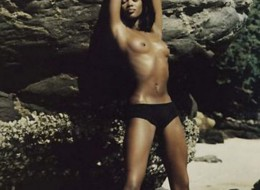 Kolejne seksowne zdjęcia Naomi Campbell (7)