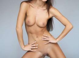 Bruneta na porno planie (6)