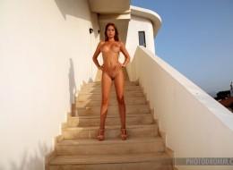Fajna ruda na schodach (2)