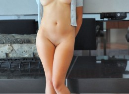 Giętka brunetka (8)