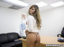 W biurze gdy nie ma szefa (11)