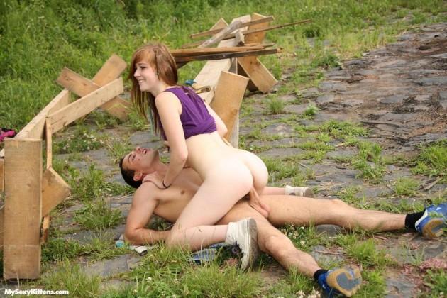 Русские туристы занимаются сексом во время отдыха на