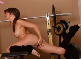 Sunia na siłowni (3)