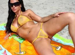 Żółte bikini (10)
