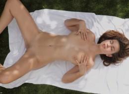 Dymanie nastolatki na ręczniku (12)
