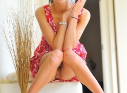 Śliczna w różowej sukience (9)