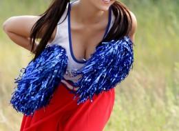 Młoda cheerleaderka (9)