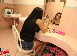 Sex z latynoską w łazience (15)