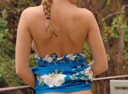 Amatorka w sukience niebieskiej (7)