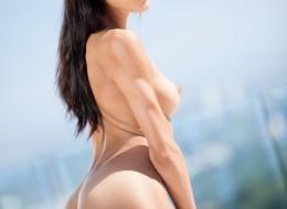 Super sex latynoska modelka na obcasach (6)