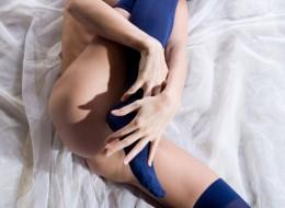 Zgrabna szczupła z seksapilem (4)