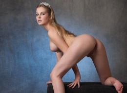 Królowa erotyzmu (2)