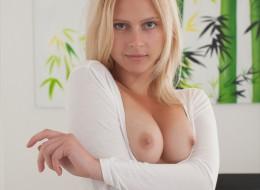 Wielkie okrągłe sex oczy (10)