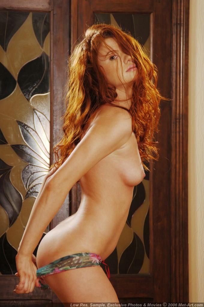 Prawdziwa ruda naga laska (10)