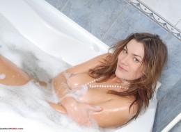 Wygodnie w wannie się myje (8)