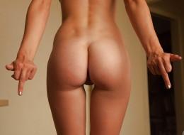 Wysportowana studentka pochwaliła się swoim ciałem (7)