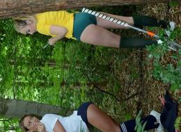 Uczennice chodzą do lasu i strzelają sobie nagie fotki (4)