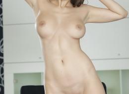 Naturalną brunetkę każdy zapragnie (1)