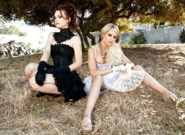 Stylowe przyjaciółki mają sesję zdjęciową (8)