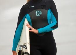 Śliczna surferka (8)