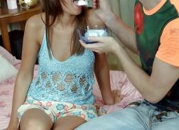 Młodzi kochankowie pragną pierwszego seksu analnego (9)