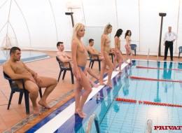 Porno zawody na basenie (8)