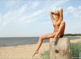 09 99 260x190 - Lalunia na plaży