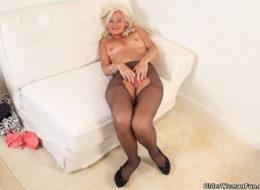 Ellen from OlderWomanFun